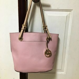 EUC Authentic Michael Kors Shoulder Bag